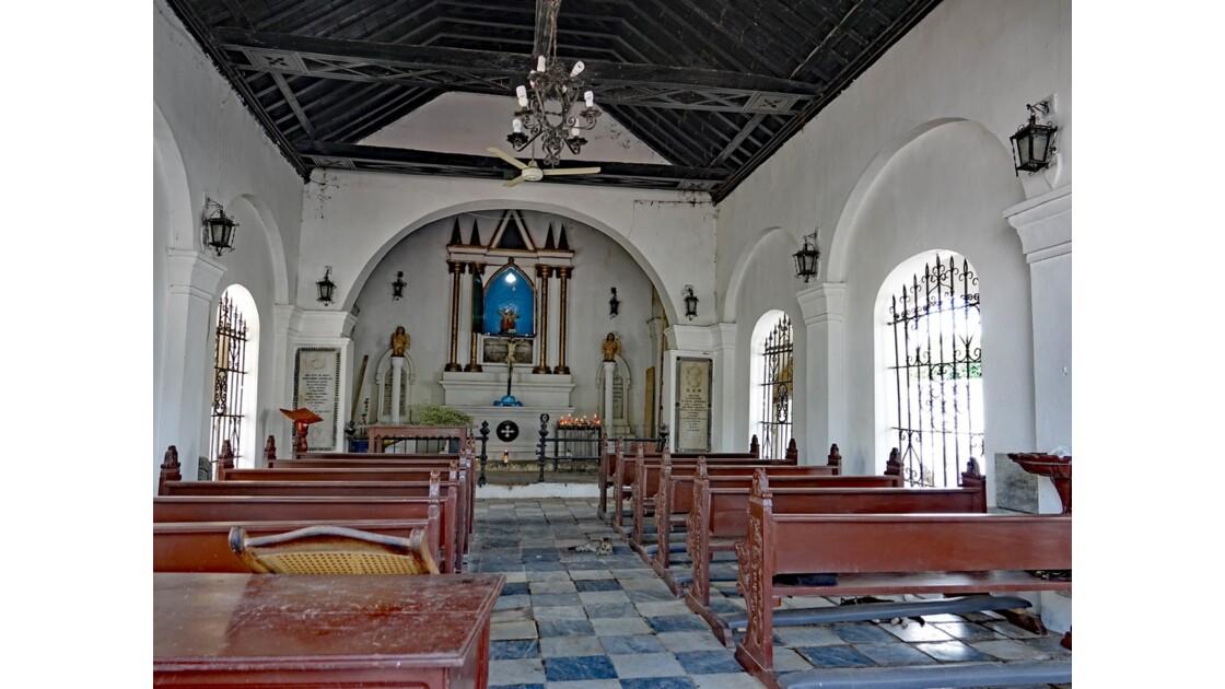 Colombie La chapelle du Cimetière de Mompox 1