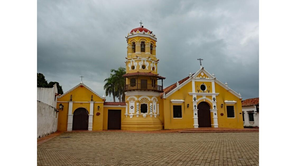 Colombie Mompox Iglesia Santa Barbara avant l'orage 6