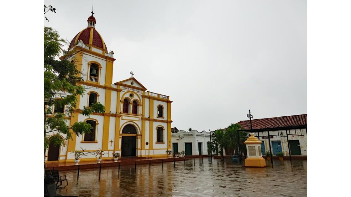 Colombie Mompox sous l'orage La cathédrale 4