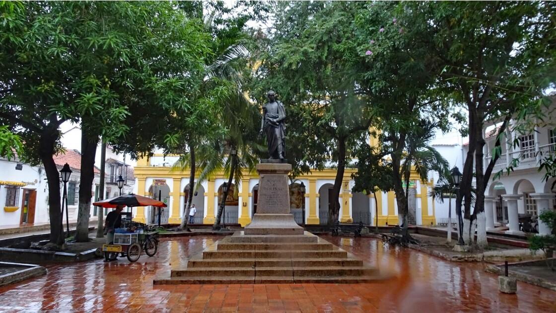 Colombie Mompox sous l'orage Parque Bolivar