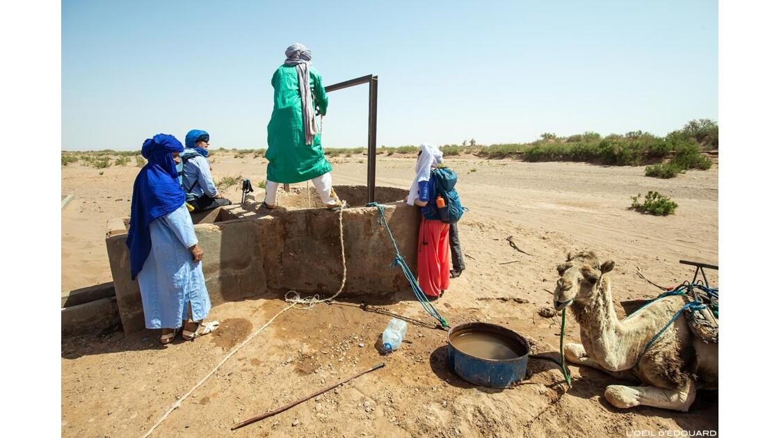 Puits dans le désert du Maroc