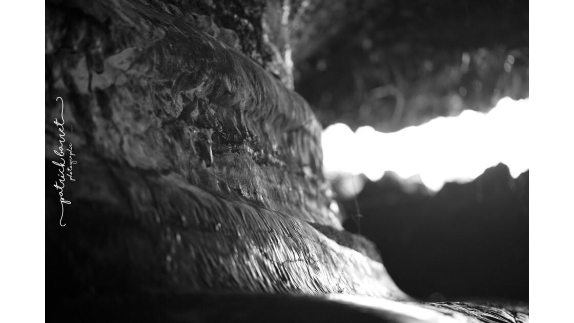 Tunnels de lave – Saint Philippe – Île de la Réunion  © P A T R I C K • B A R R E T