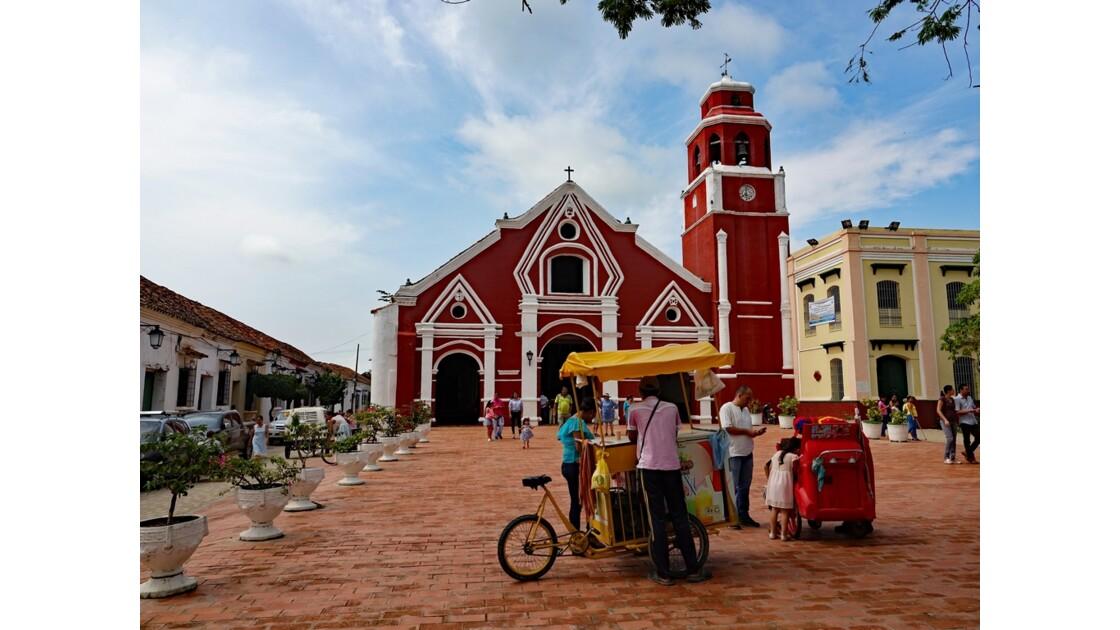 Colombie Mompox Iglesia de San Francisco sortie de messe 4