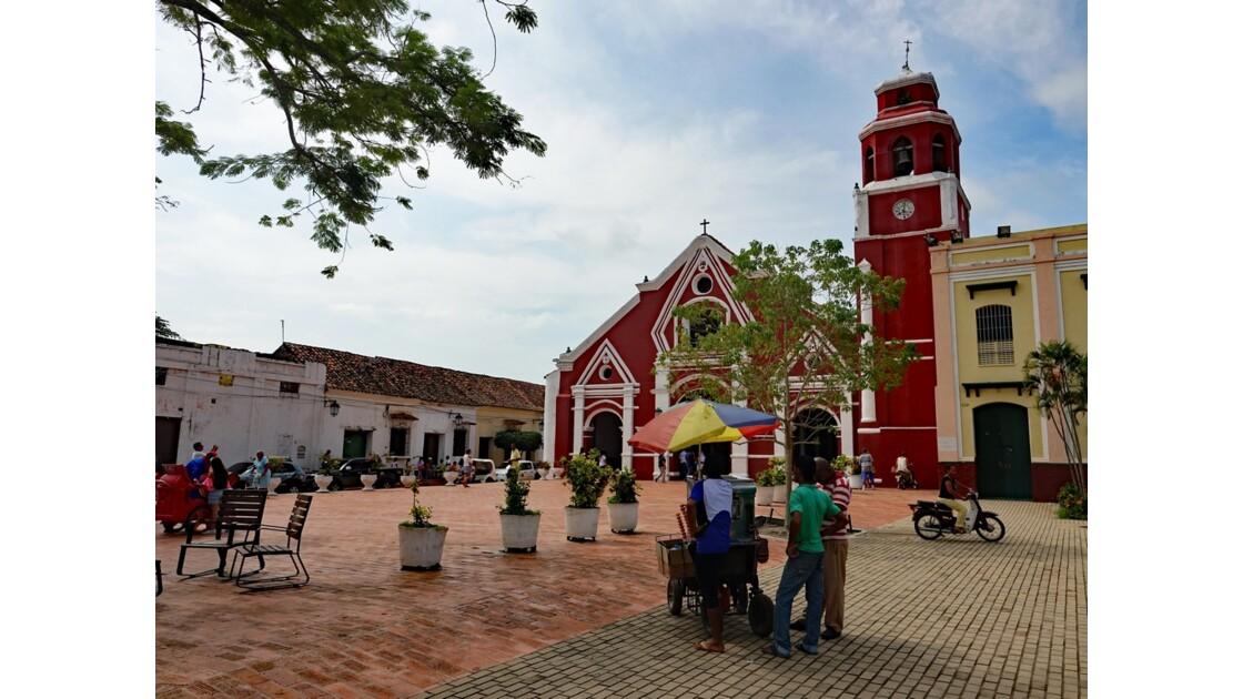 Colombie Mompox Iglesia de San Francisco sortie de messe 5