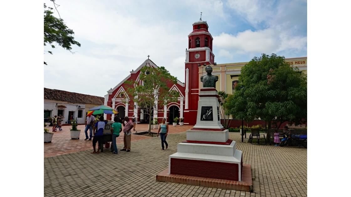 Colombie Mompox Iglesia de San Francisco sortie de messe 7