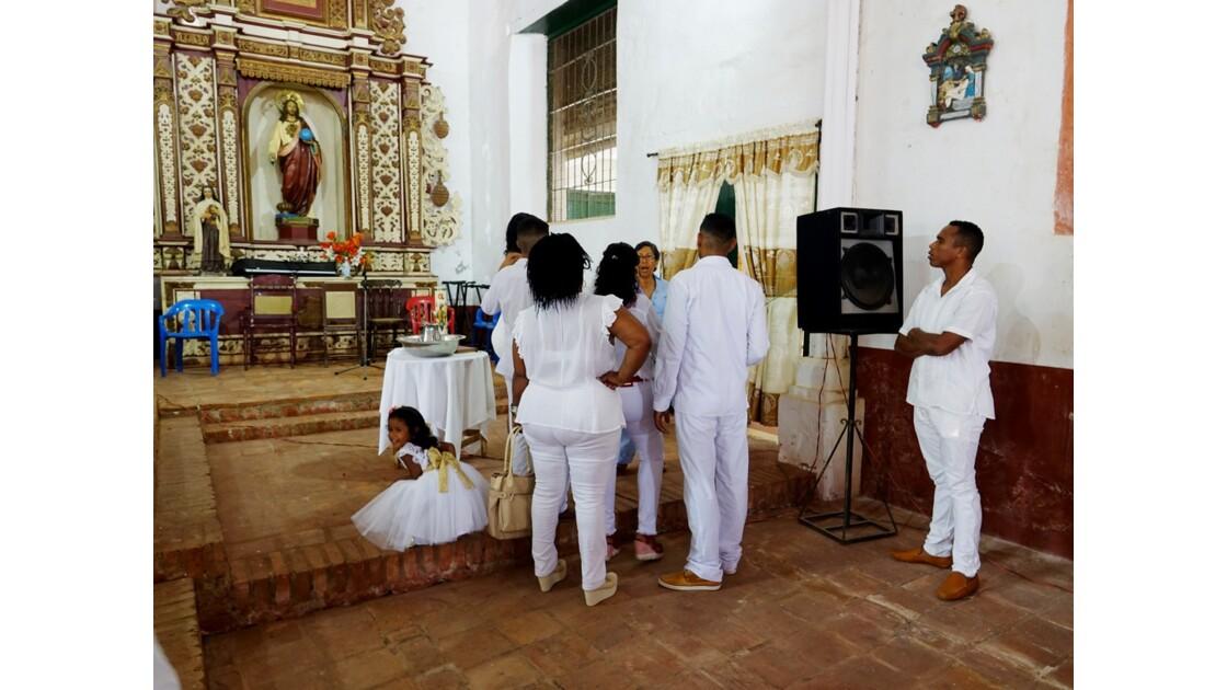 Colombie Mompox Iglesia de San Francisco Le baptème 2