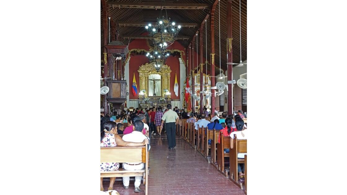 Colombie Mompox Messe à l'Iglesia San Agustin 1
