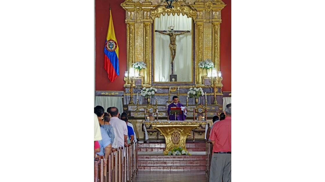 Colombie Mompox Messe à l'Iglesia San Agustin 4
