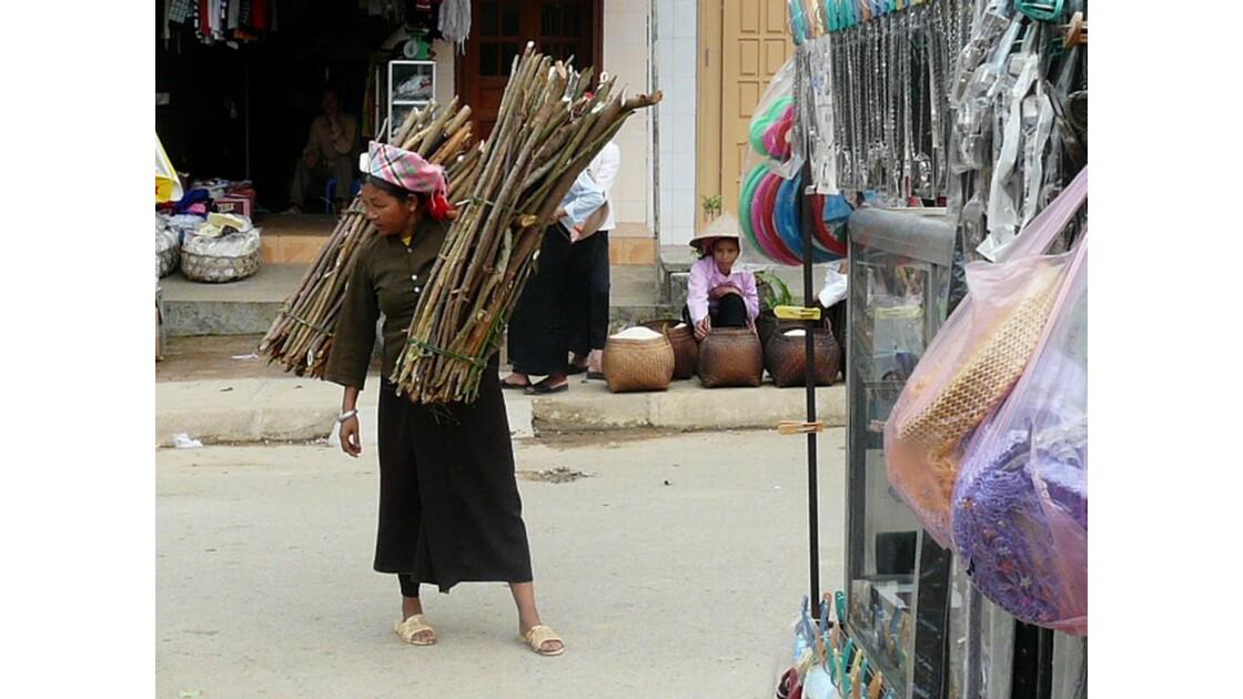 Les marchés au pays des Hmongs