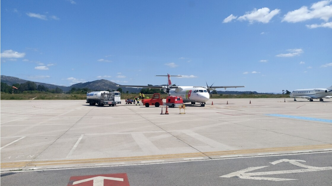 fly Vigo to Lisbon