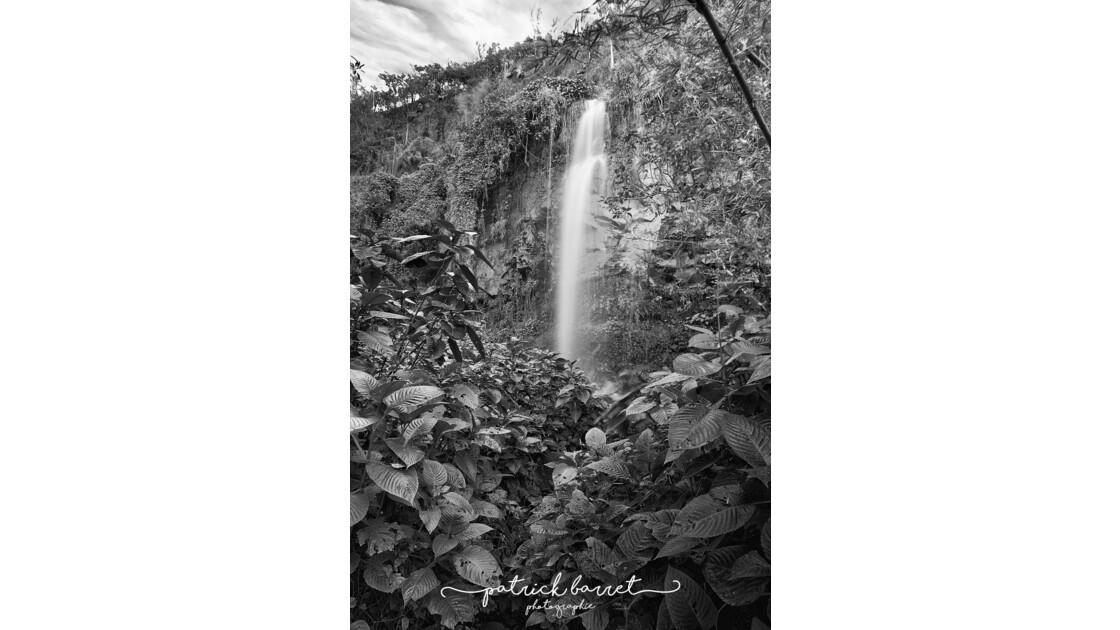 Cascade – Anse des Cascades – PB0893421061 – Île de la Réunion  © P A T R I C K • B A R R E T
