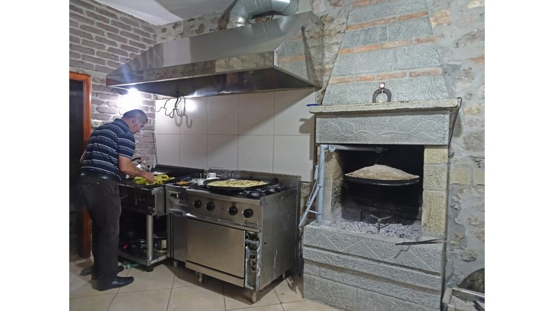 Albanie Korca Cuisine albanaise 1