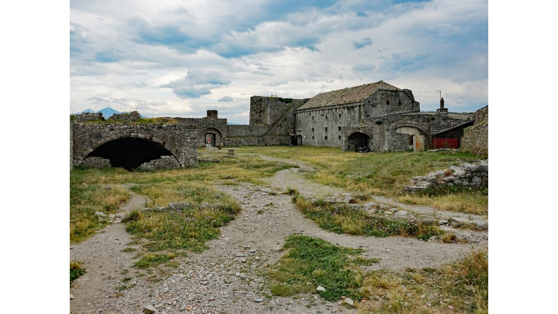 Albanie Forteresse de Rozafa Poudrière et Ancienne résidence des pachas