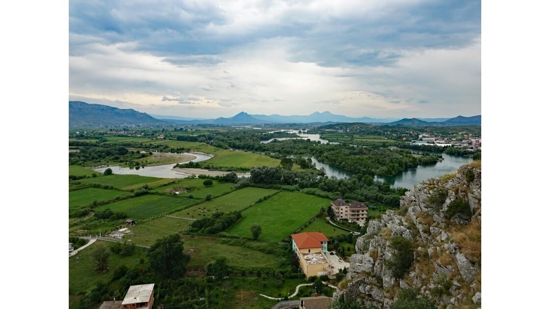 Albanie Forteresse de Rozafa Vue sur le confluent des rivières Buna et Drin