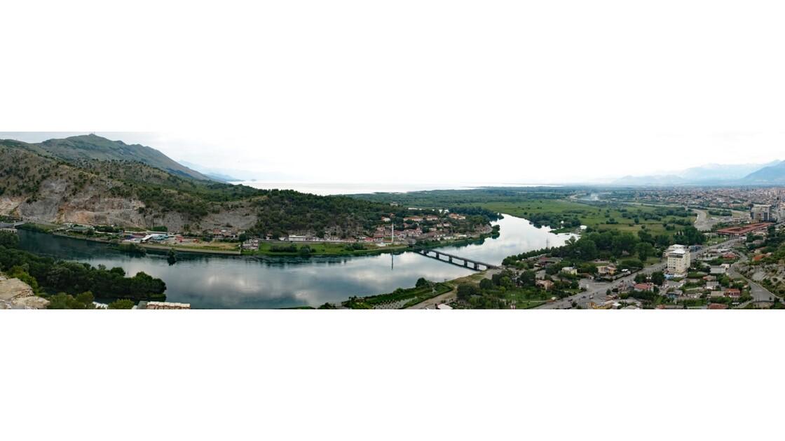 Albanie Forteresse de Rozafa Vue sur Shroder et la rivière Buna 1
