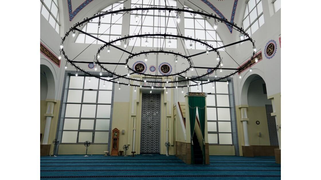 Albanie Shkoder Mosquée Al-Zamil  Minbar et Mihrab 2