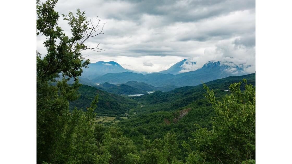 Albanie Parc national de Dajti Lac de Bovilla 2