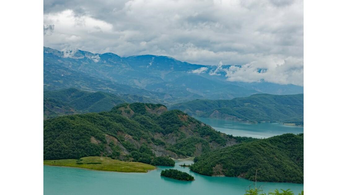 Albanie Parc national de Dajti Lac de Bovilla 6