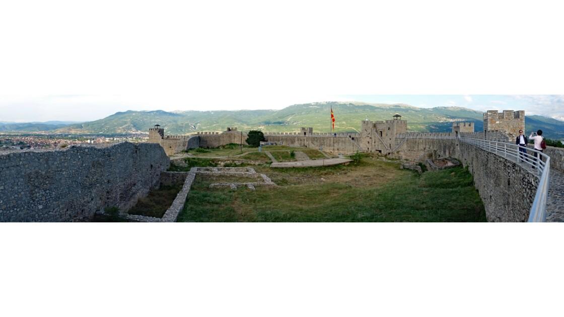 Macédoine Ohrid Forteresse de Samuel Touristes Japonais