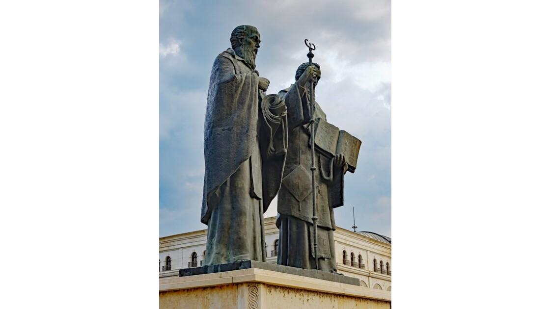 Macédoine Skopje Statue de Cyrille et Méthode 1