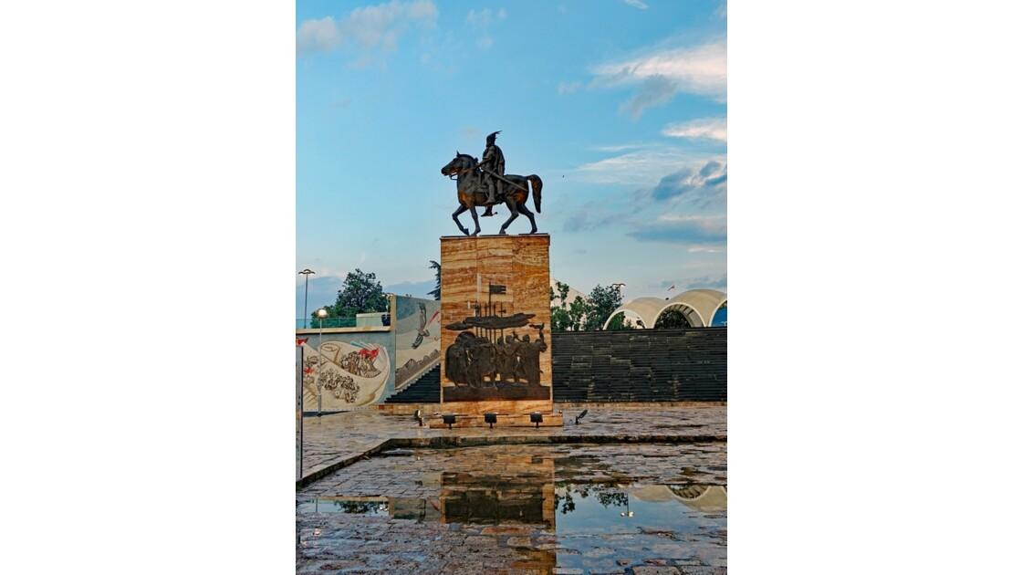 Macédoine Skopje Statue de Skanderbeg 4