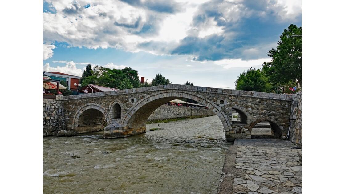 Kosovo Prizren Pont de pierre 4