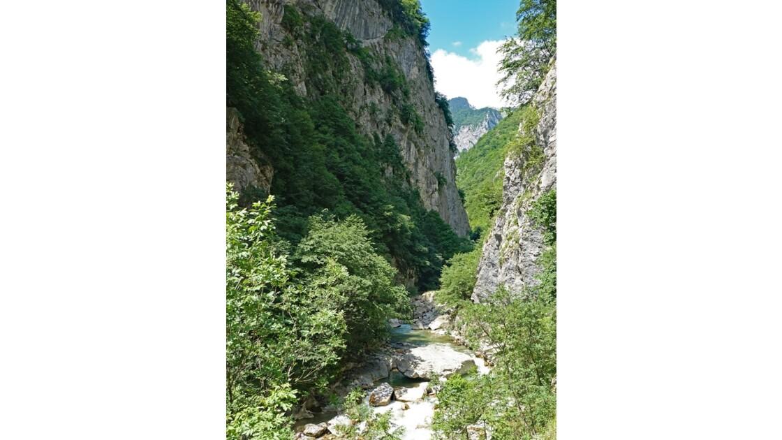 Kosovo Canyon de Rugova rivière Bistrica 3