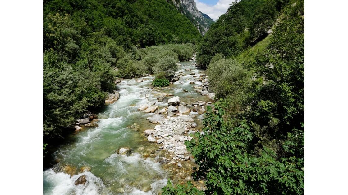 Kosovo Canyon de Rugova rivière Bistrica 1