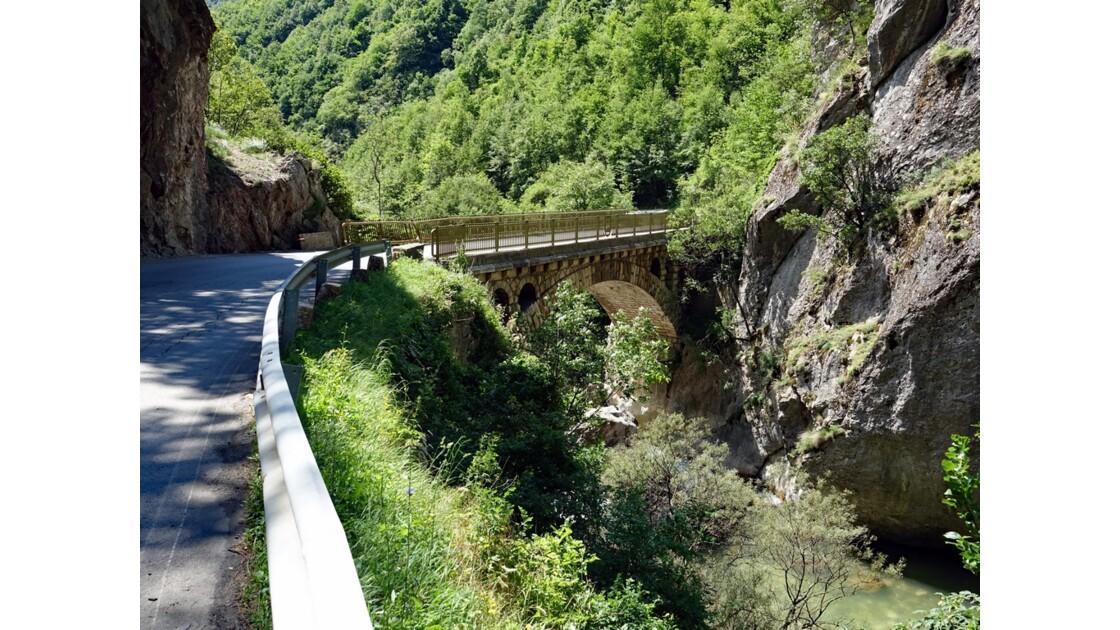 Kosovo Canyon de Rugova 3
