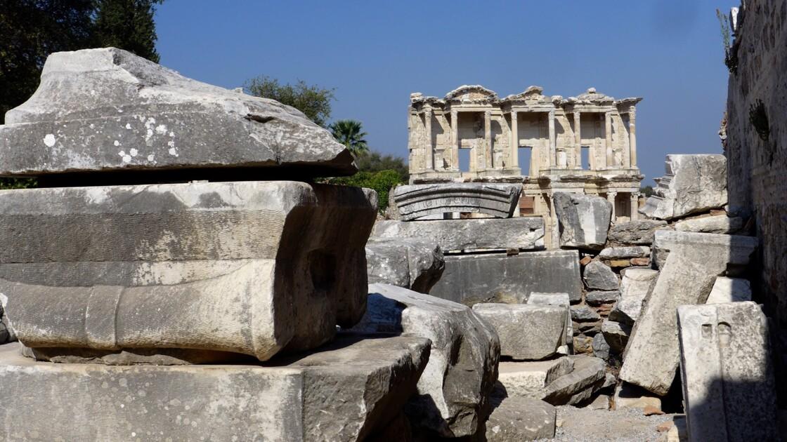 La grande bibliothèque d'Éphèse