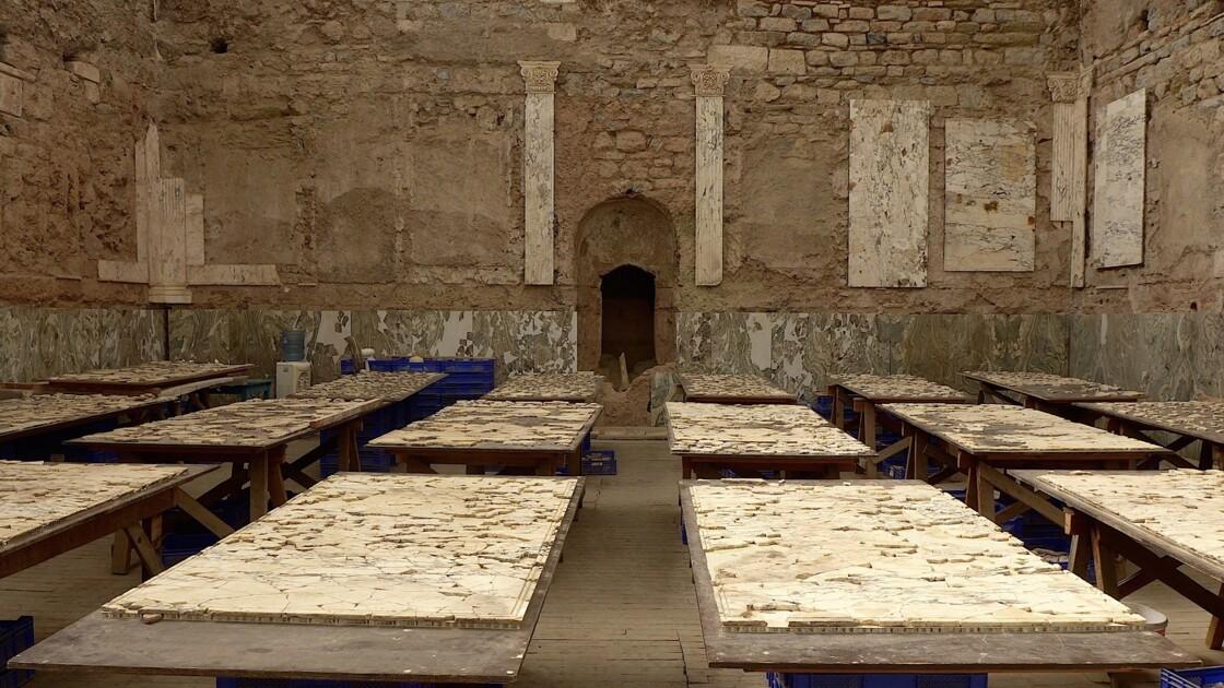 Tables de tri dans une villa romaine