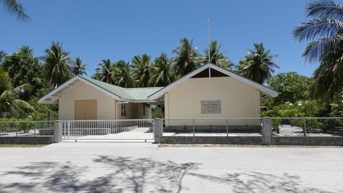 Tuamotu Fakarava - Rotoava Eglise des Saints-jours