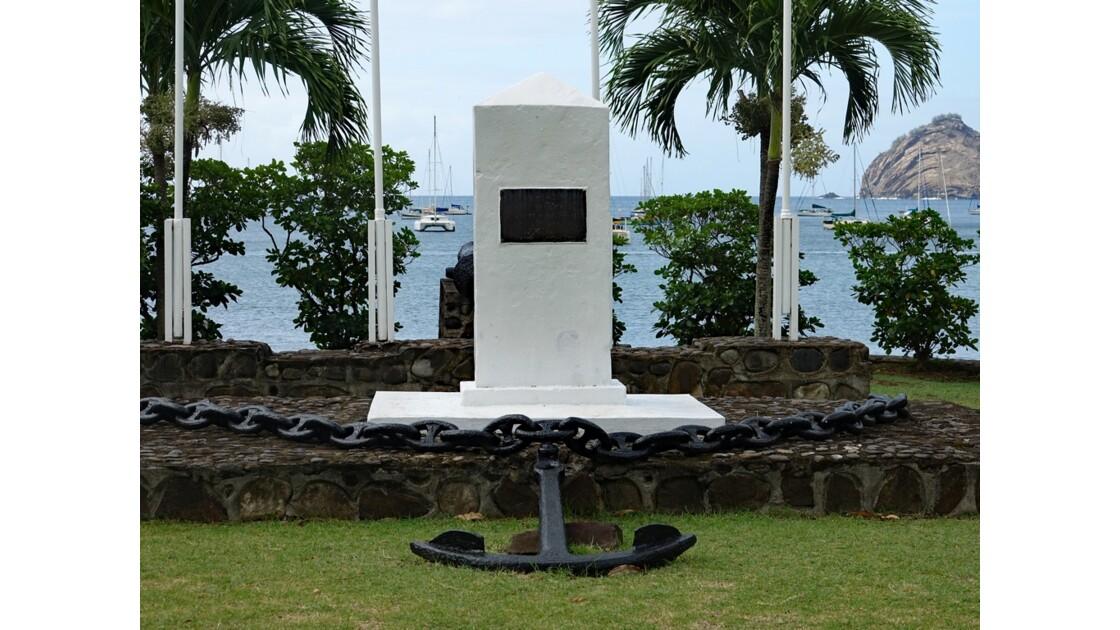 Les Marquises Nuku Hiva Taiohae Monument aux morts 2