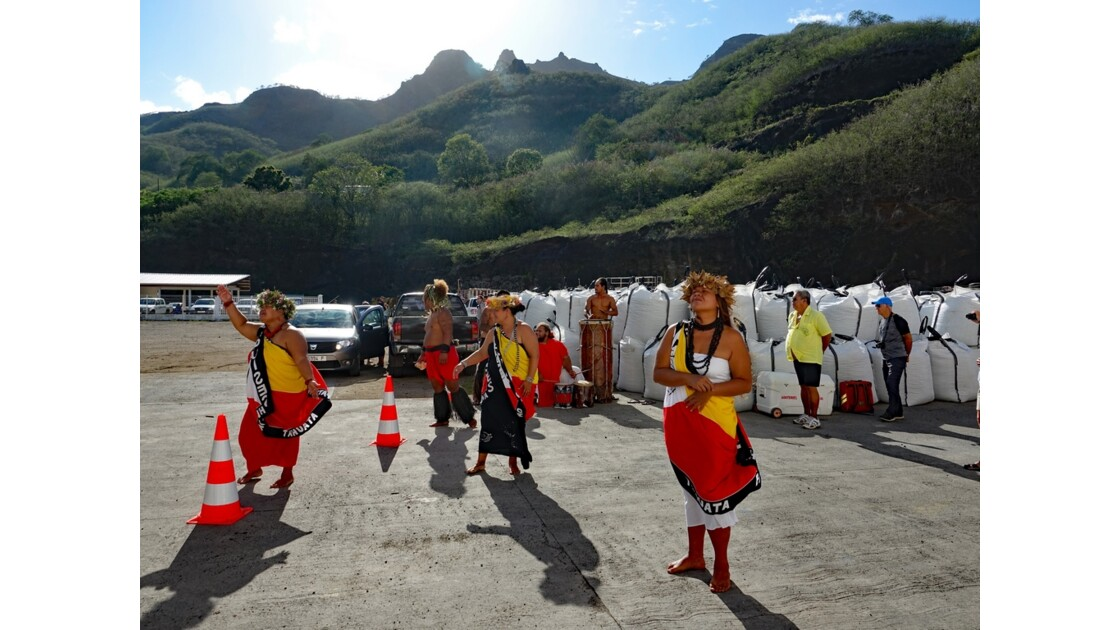 Les Marquises - Nuku Hiva Accueil à Taiohae 2