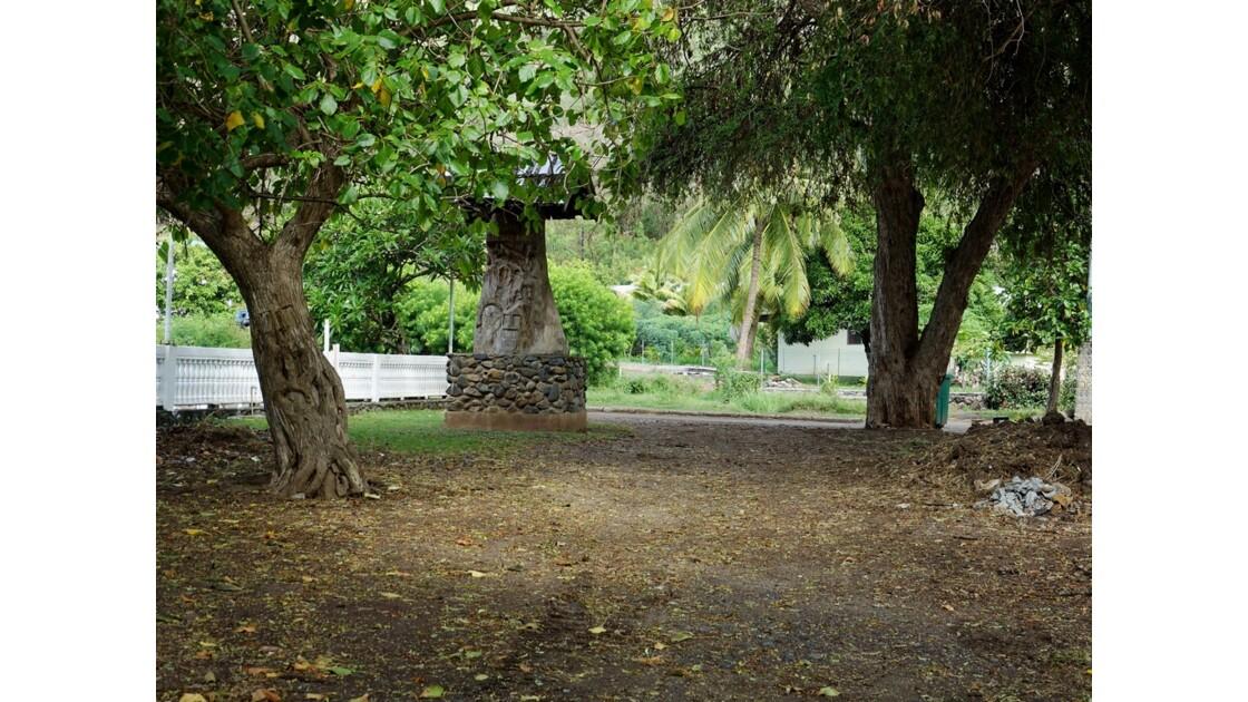 Les Marquises Taiohae Stèle de Melville 4