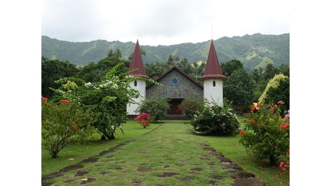 Les Marquises - Nuku Hiva - Eglise de Hatiheu