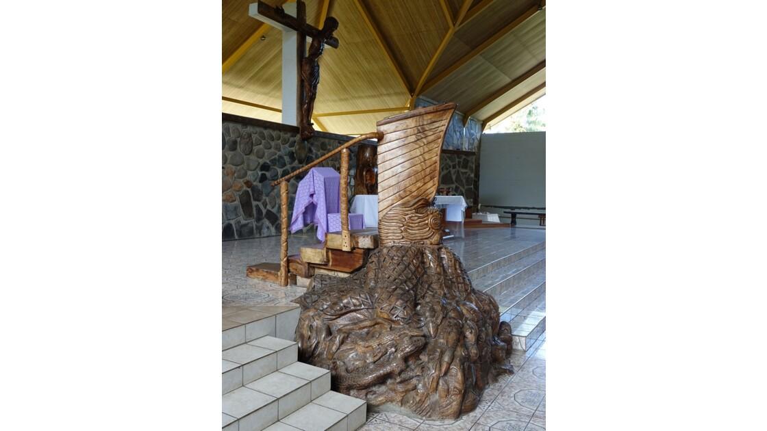 Les Marquises - Ua Pou Hakahau L'église St-Etienne La Chaire 1
