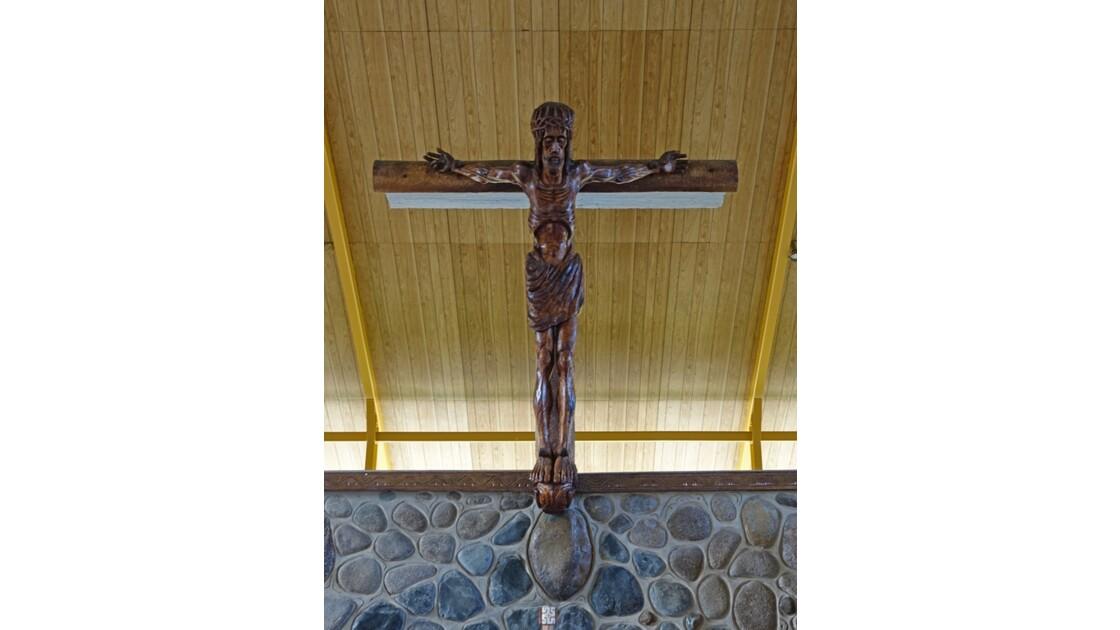 Les Marquises - Ua Pou Hakahau L'église St-Etienne  Crucifix 1