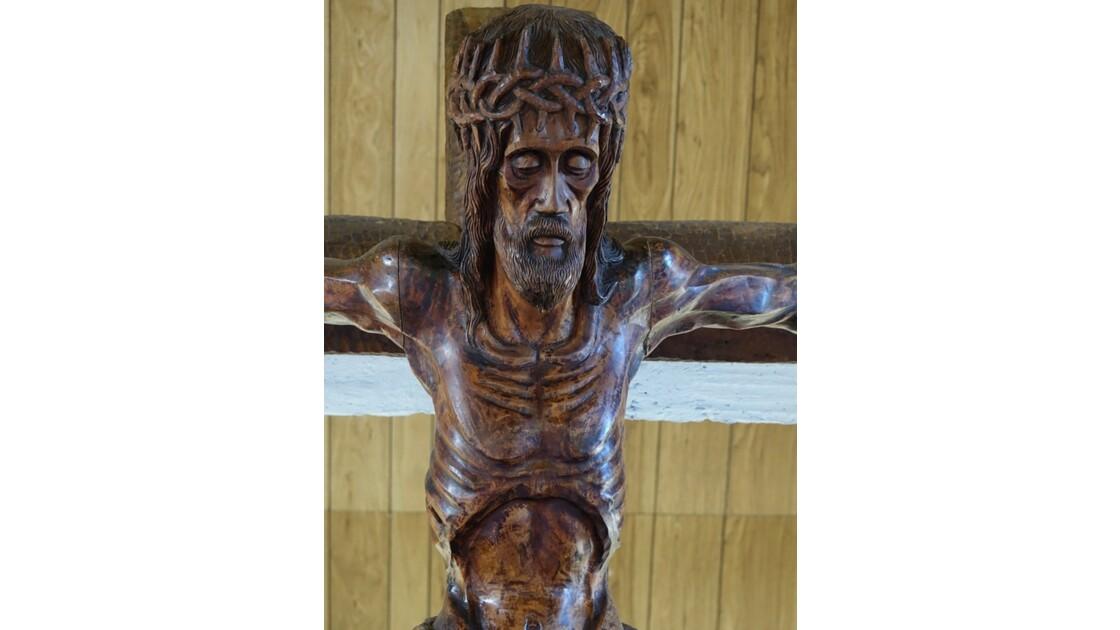 Les Marquises - Ua Pou Hakahau L'église St-Etienne  Crucifix 3