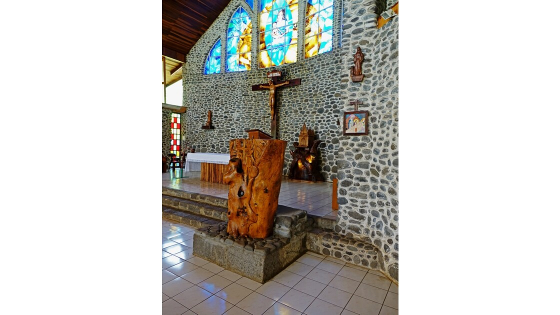 Les Marquises - Tahuata Vaitahu - Eglise Sainte Mère de Dieu La Chaire 2