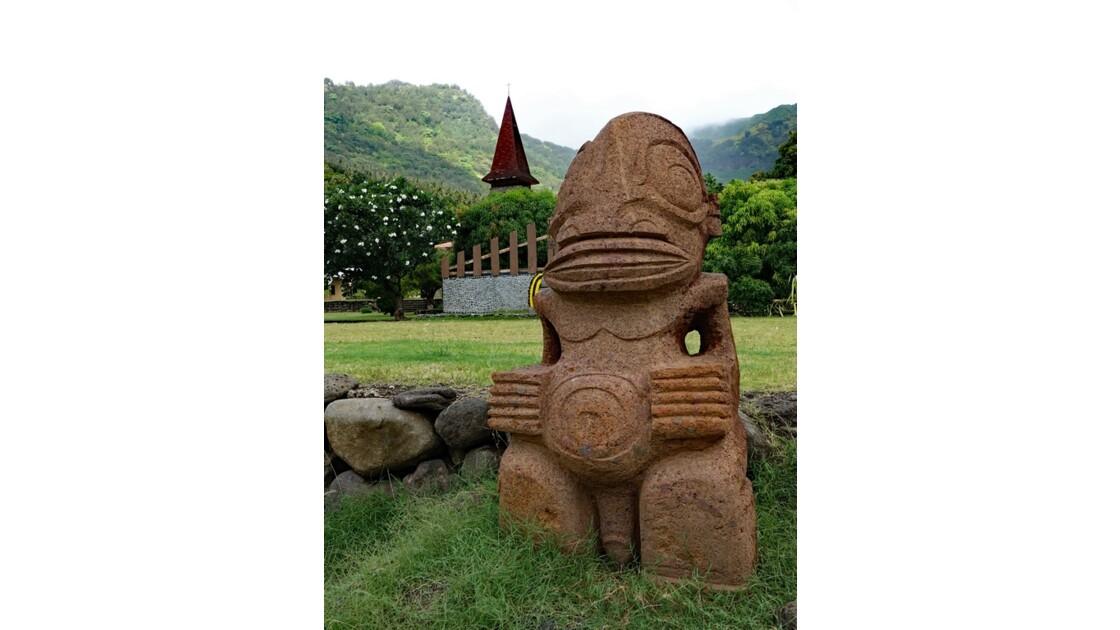 Les Marquises - Tahuata Les sculptures de Vaitahu 3