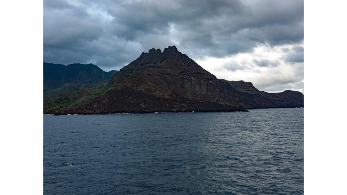 Les Marquises - Hiva Oa Arrivée dans la baie de Puamau au petit matin 2