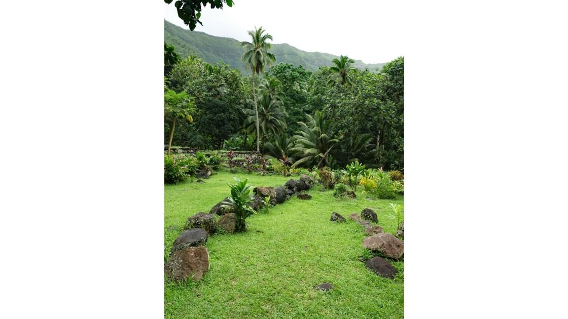 Les Marquises - Hiva Oa Site sacré de Te l'ipona 3