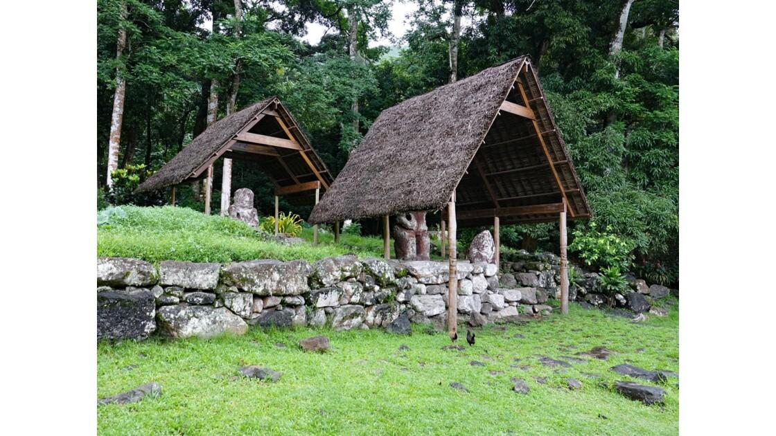 Les Marquises - Hiva Oa Site sacré de Te l'ipona 6