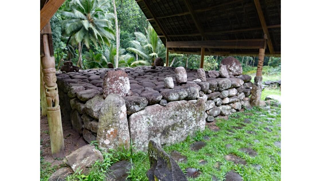 Les Marquises - Hiva Oa Site sacré de Te l'ipona 8