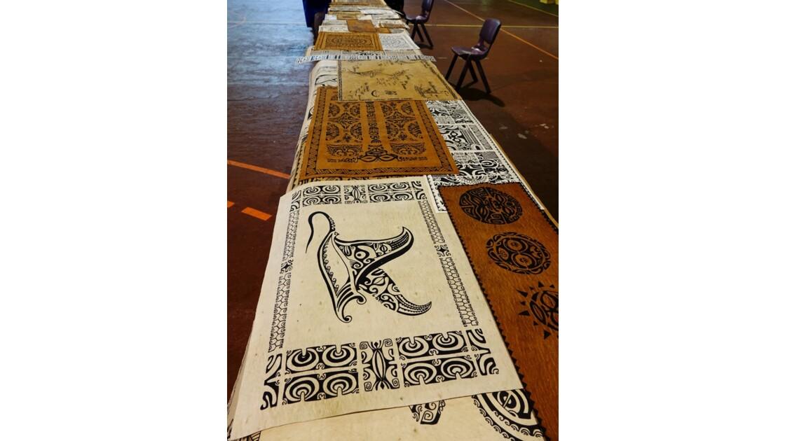 Les Les Marquises Fatu Hiva Omoa tapas peints 3Marquises Fatu Hiva Omoa tapas peints 2
