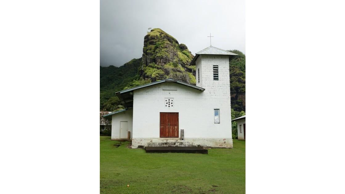 Les Marquises  Fatu Hiva Hanavave L'église 3