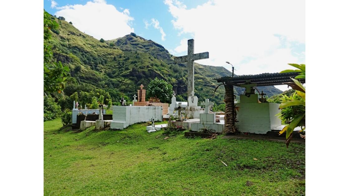 Les Marquises Fatu Hiva Hanavave Le cimetière 11