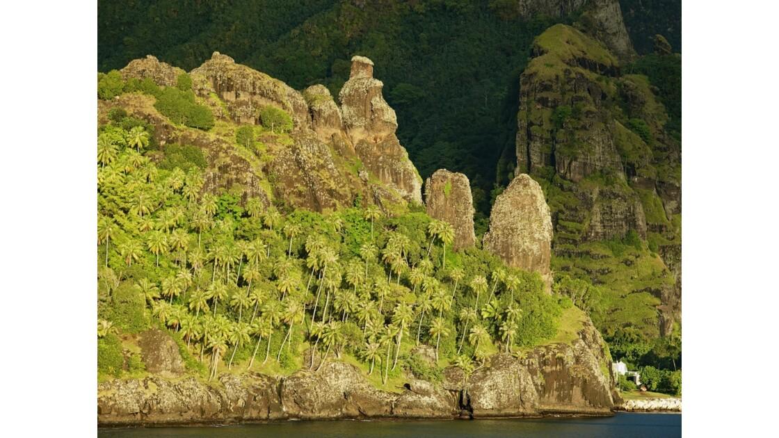 Les Marquises Fatu Hiva Sunset sur la Baie des Vierges 3
