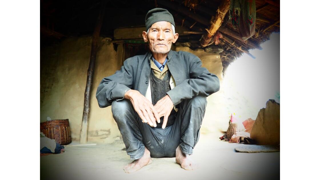 Rencontre avant l'ascension vers le camp de base du Dhaulagiri